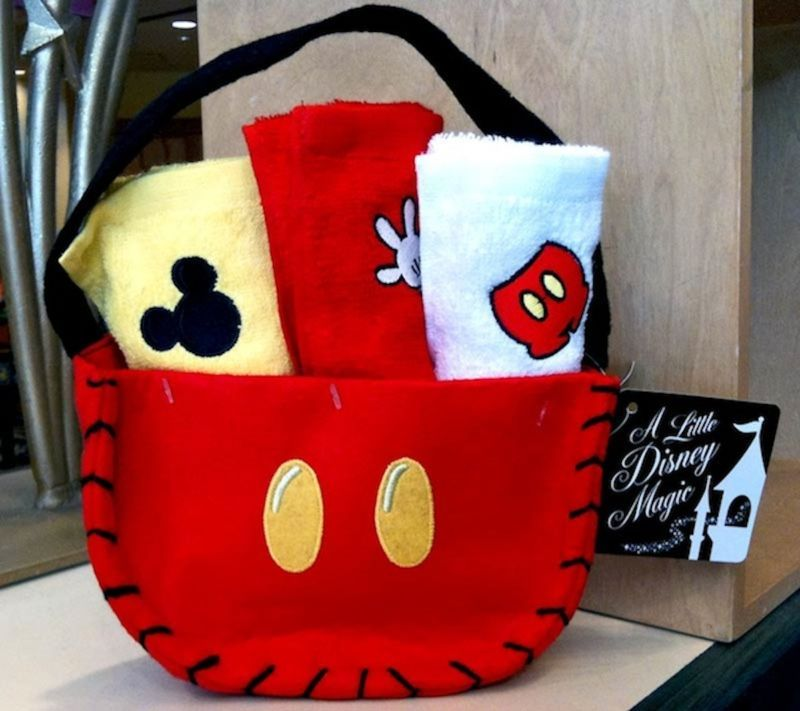 Disney Mickey Mouse Set of 3 Kitchen Towels NEW